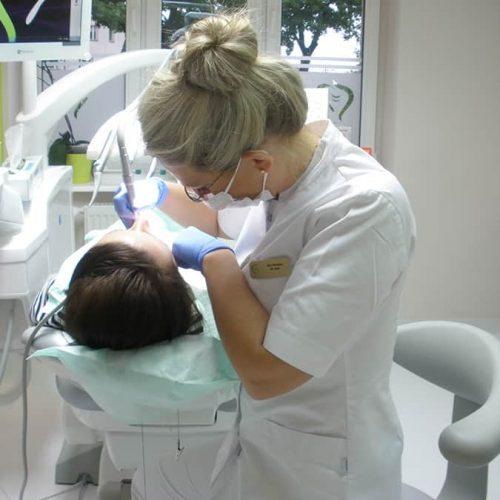 implantolog ewa wrochna